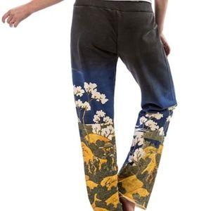 Paparazzi floral sweatpants size medium